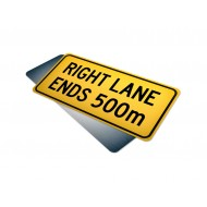 Lane Ends 500m